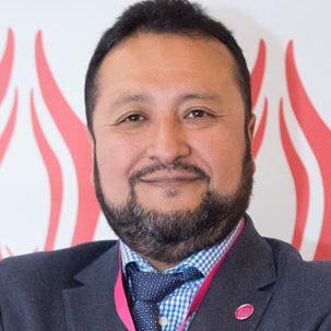 Dr. César Arroyo