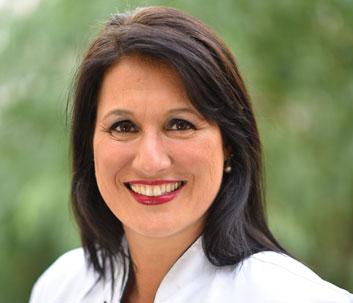 Dra. Andrea Beatriz